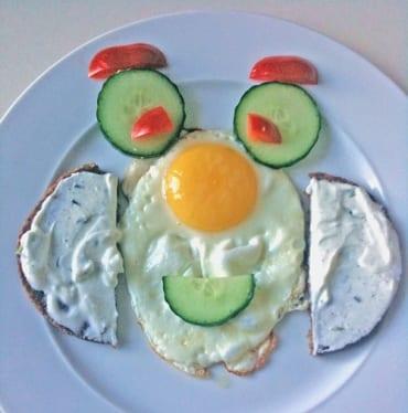 Kinderteller Spiegelei  GourmetGuerilla.de
