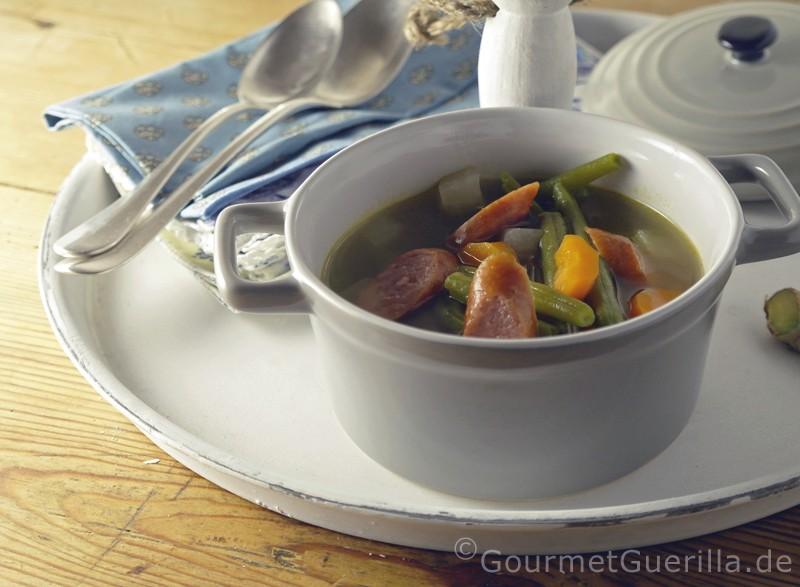 Buschbohnensuppe mit Ingwer und einem Hauch von Chili