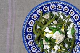 Grüne Bohnen mit Feta und Nusssoße |GourmetGuerilla.de