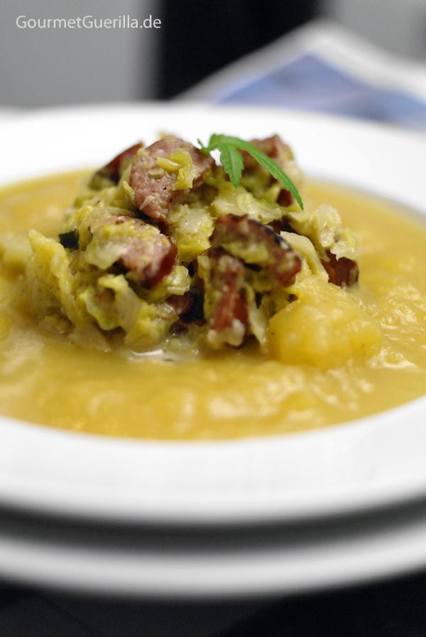 Steckrübensuppe mit cremigem Rosenkohlragout |GourmetGuerilla.de