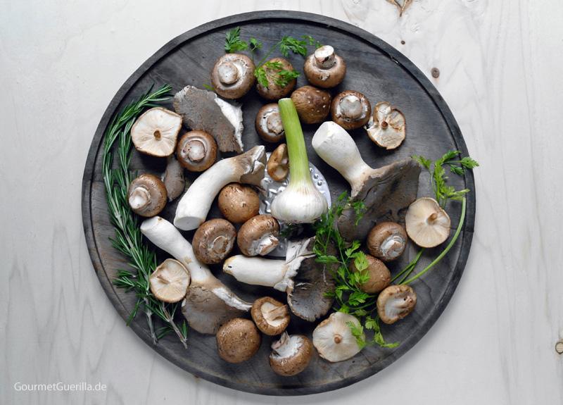 Pilze und Kräuter