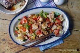 Mediterraner Brotsalat vom Blech #rezept #gourmetguerilla