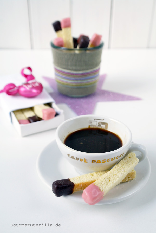 Ingwer-Streichhoelzer schmecken toll zum Espresso