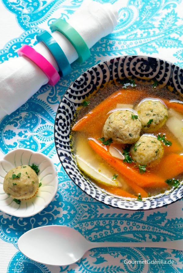 Matzo Ball Soup aka Mazze-Klosssuppe #rezept #gourmetguerilla