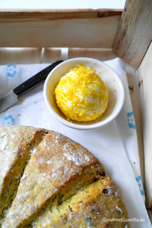 Kräuter-Scones mit Zitronen-Butter | GourmetGuerilla.de
