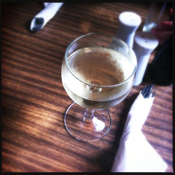 Oberhafenkantine Wein