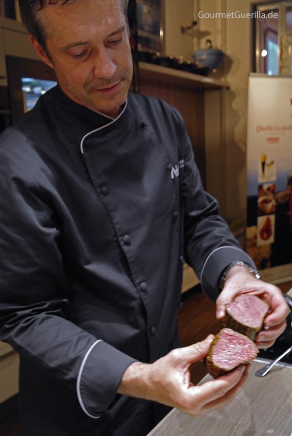 Alexander Herrmann brät Bison-Filet #gourmetguerilla