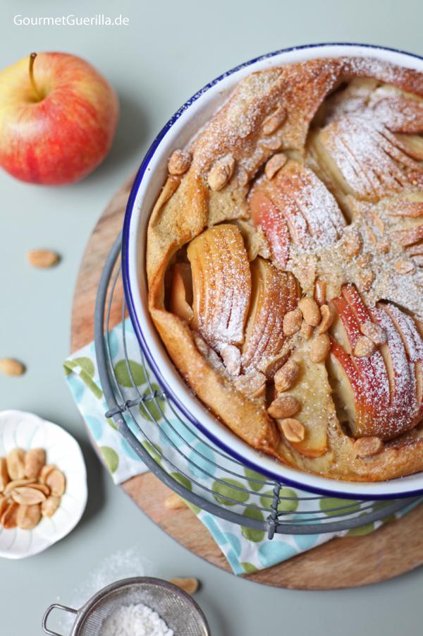Erdnussbutter clafoutis mit äpfeln und ahornsirup