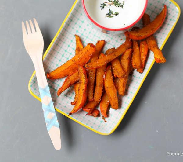 Kürbispommes Schranke mit Ziegendipp und Mangoketchup #rezept #gourmetguerilla