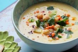 Samtige Hummus-Suppe #vegan #blitzschnell #gourmetguerilla #rezept
