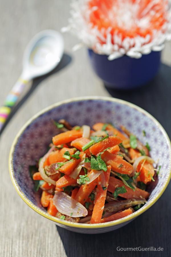 Zitrus-Möhrchen mit Datteln #rezept #gourmetguerilla #grillen #salat