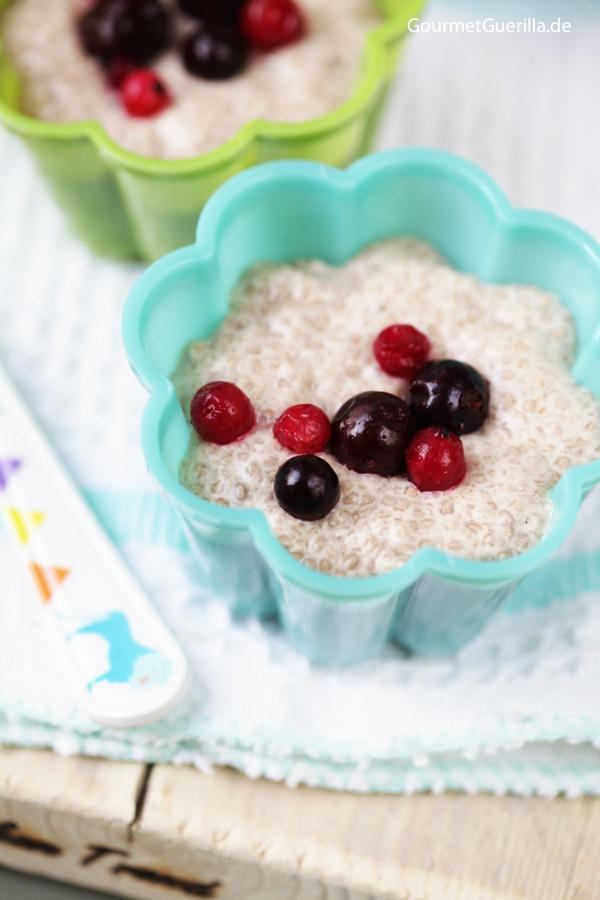Vegan & Low Carb: Chia-Pudding mt Kokos und Mandel  GourmetGuerilla.de