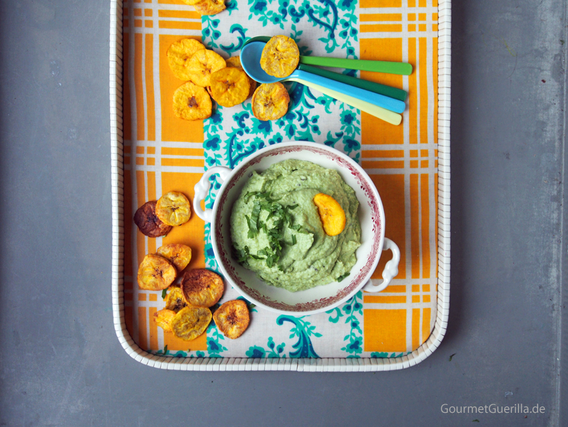 Edamame-Dip mit Bananenchips #gourmetguerilla #rezept #vegan
