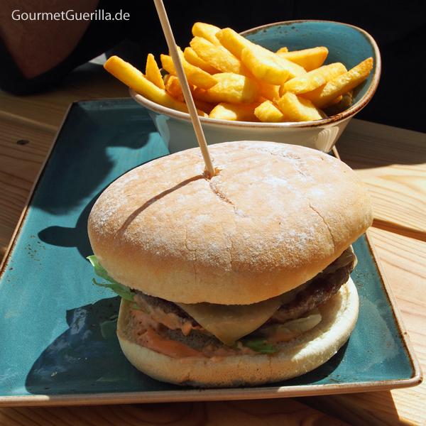 Hans im Glück Hamburg Burger mit Pommes