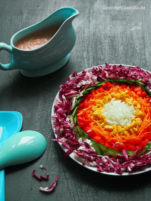 Regenbogensalat mit rosa Dressing #rezept #gourmetguerilla #vegan