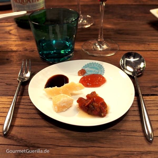 Parmesan mit Feigensenf, Balsamico und Zwiebelmarmelade #gourmetguerilla #parmigianoreggiano #poletto