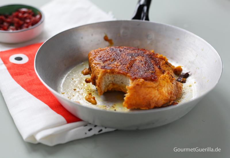 Kürbis-Ritter mit krossem Speck und Ahornsirup #gourmetguerilla #rezept #halloween #armeritter