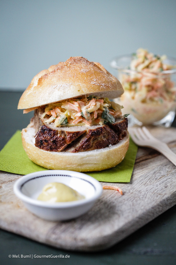 Hausgemachter Leberkäse mit Coleslaw |GourmetGuerilla.de