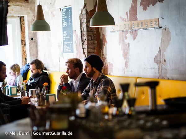 Tisch im Ottos Burger Grindelhof Hamburg |GourmetGuerilla.de