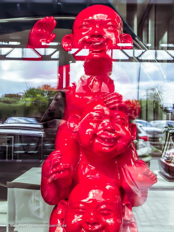 VisualFriday Hamburg Drei rote glückliche Buddas |GourmetGuerilla.de