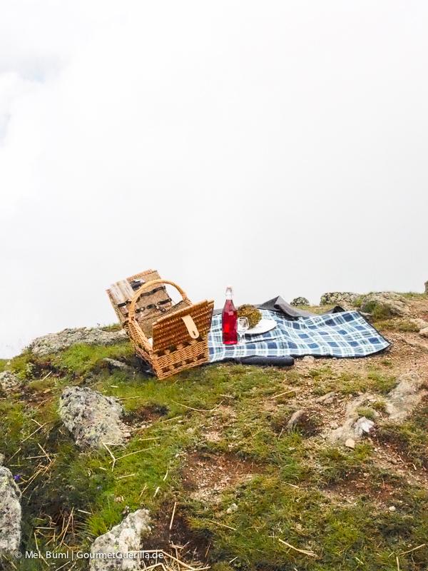 Granatsteig Millstätter See Picknick am Granattor |GourmetGuerilla.de