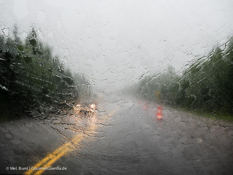 Kanada Nova Scotia bei Unwetter und Regen Autofahren |GourmetGuerilla.de