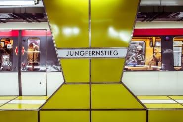 VisualFriday Hamburg Station Jungfernstieg  GourmetGuerilla.de