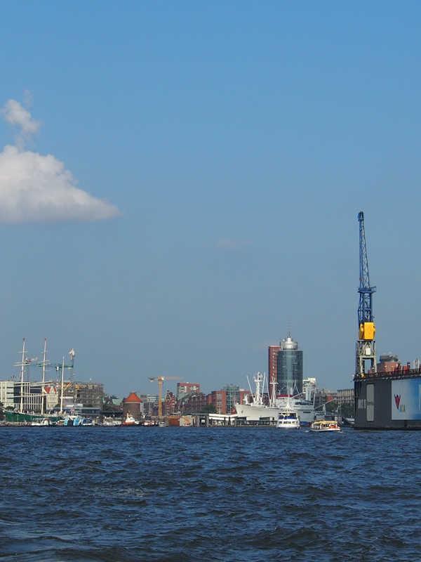Hamburg Skyline |GourmetGuerilla