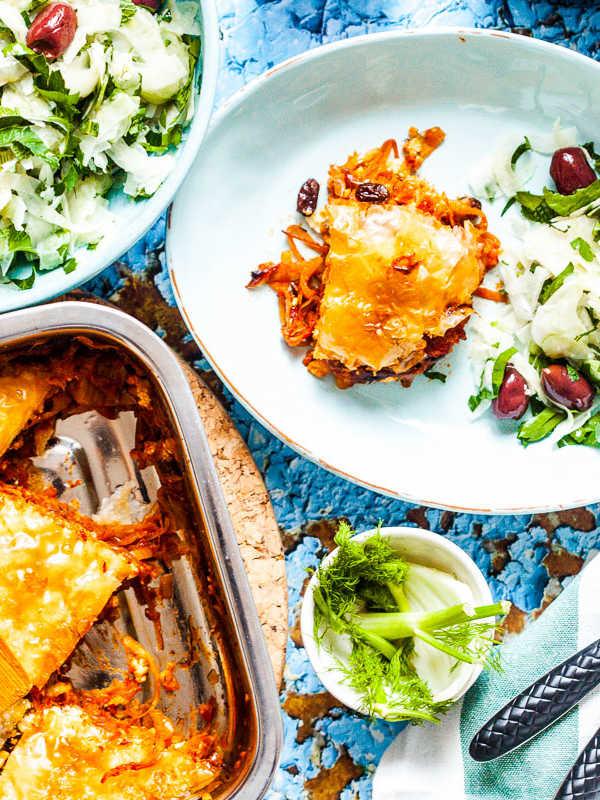 Herzhaftes griechisches Baklava mit Feta, Tomaten und Fenchelsalat |GourmetGuerilla.de