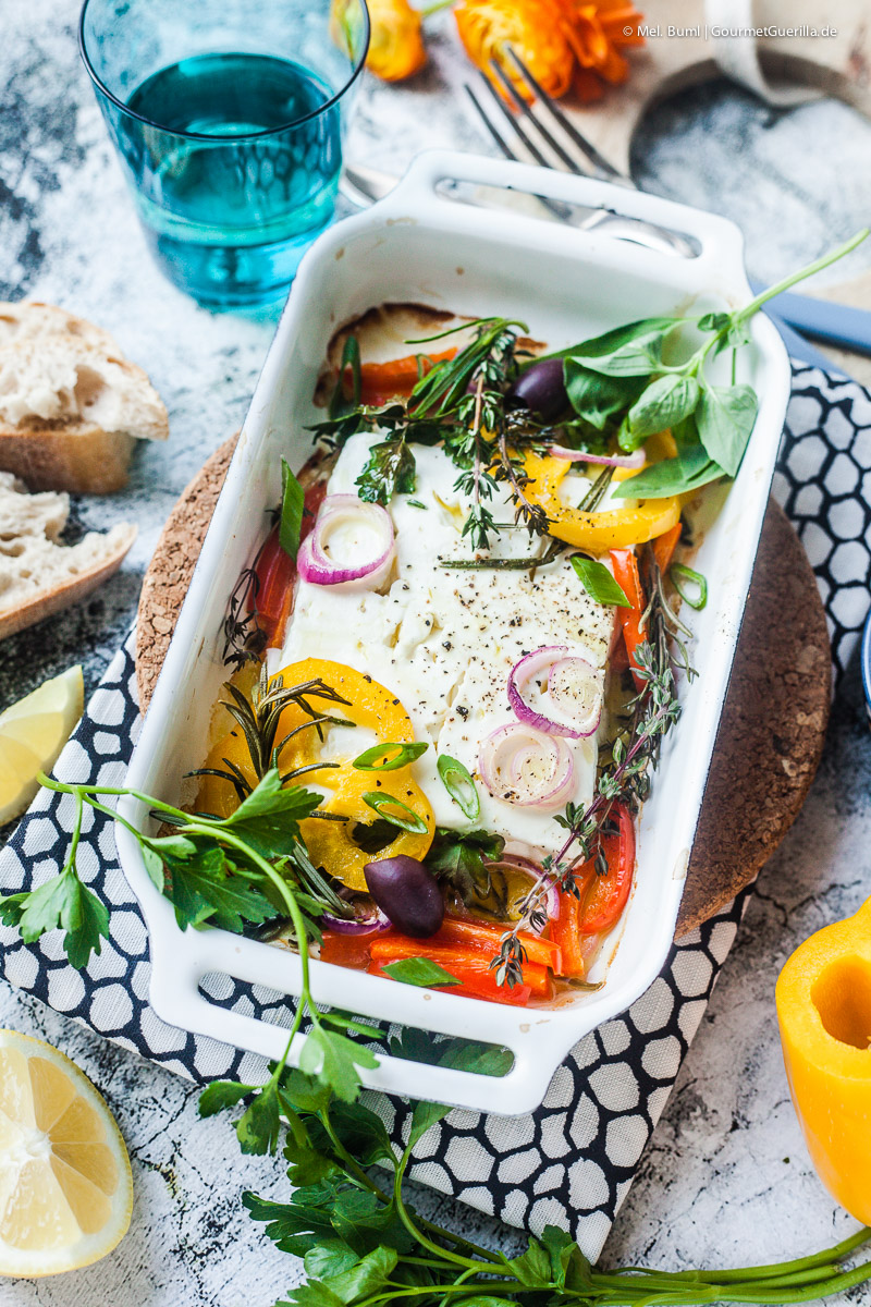 Im Ofen gebackener Feta mit Gemüse und Kräutern |GourmetGuerilla.de