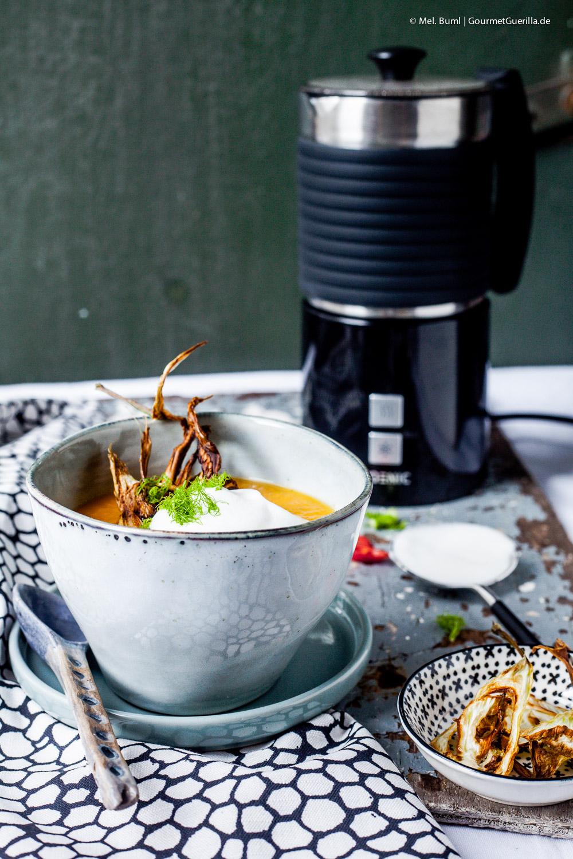 Melonen-Karotten-Suppe mit Chili-Schaum und knusprigem Fenchel |GourmetGuerilla.de