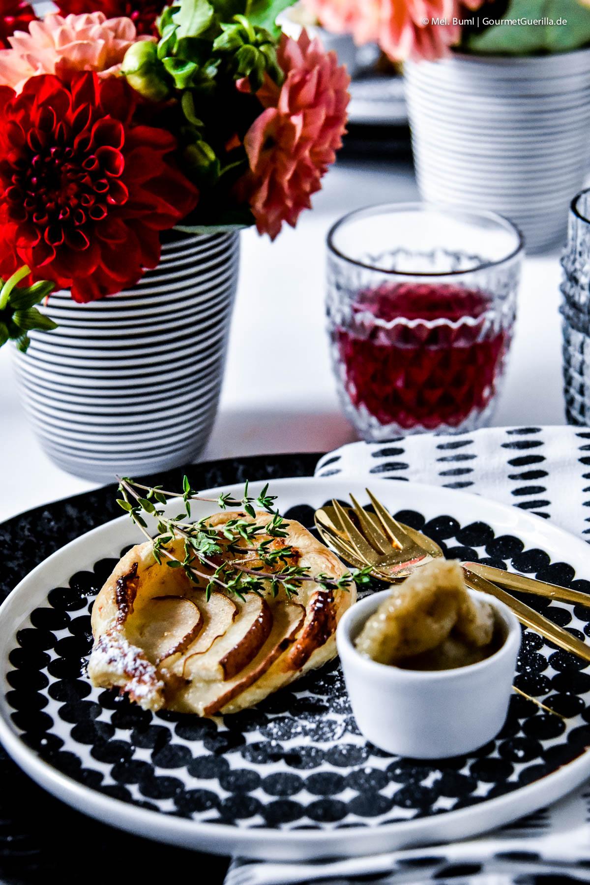 Kleine Käse-Birnen-Quiche mit schnellem Birnen-Kardamom-Sorbet |GourmetGuerilla.de