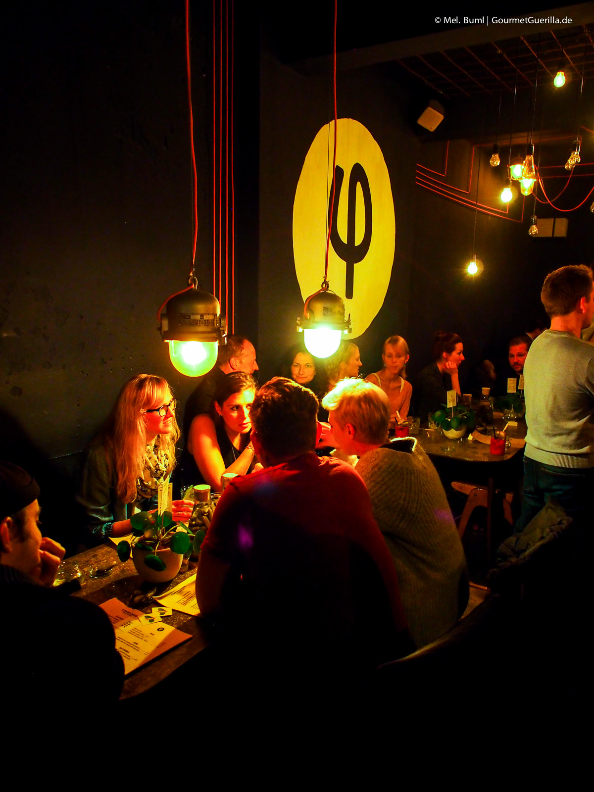 Kleines Phi Bar in Hamburg St. Pauli |GourmetGuerilla.de