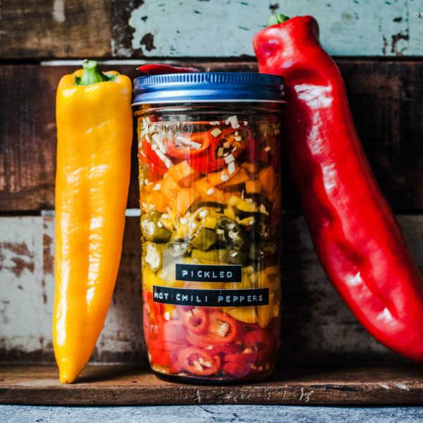 Pickled Hot Chili Peppers - Selbst eingelegte scharfe Paprika und Peperoni |GourmetGuerilla.de