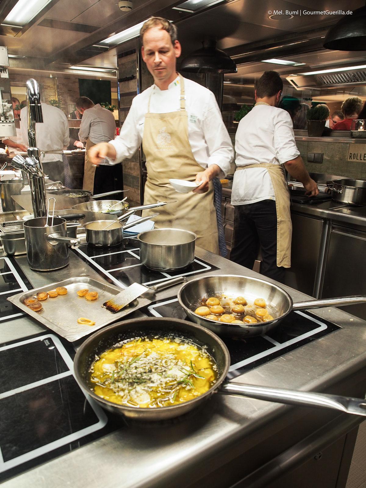 Kuechenparty Irish Beef Hotel Vier Jahreszeiten Christoph Rueffer Haerlin |GourmetGuerilla.de-9233272