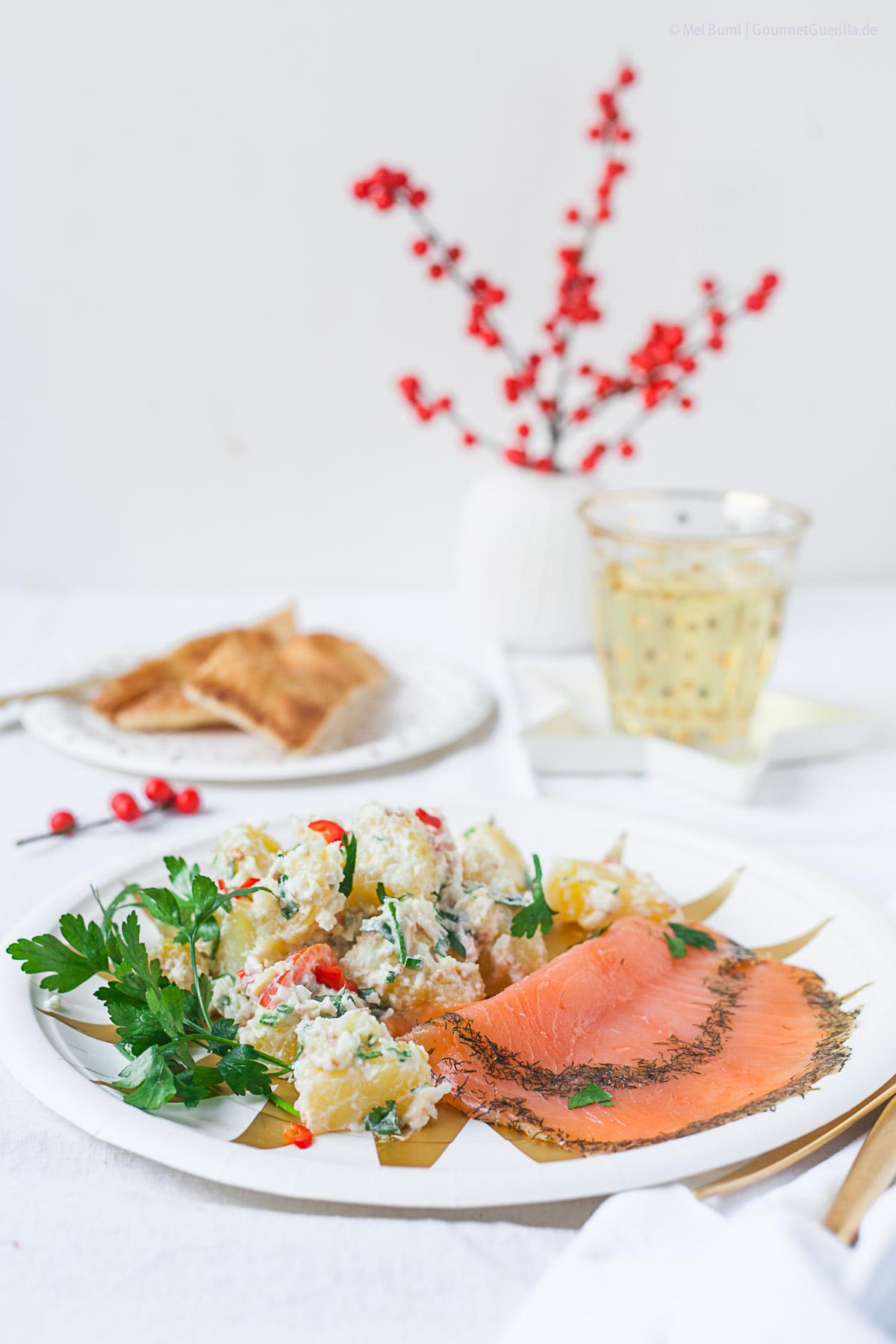 ayurvedischer kartoffelsalat mit graved lachs eine k stliche alternative zum weihnachts. Black Bedroom Furniture Sets. Home Design Ideas