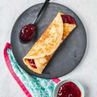 Petzi- Pfannkuchen mit Erdbeermarmelade - Glück auf die Faust |GourmetGuerilla.de
