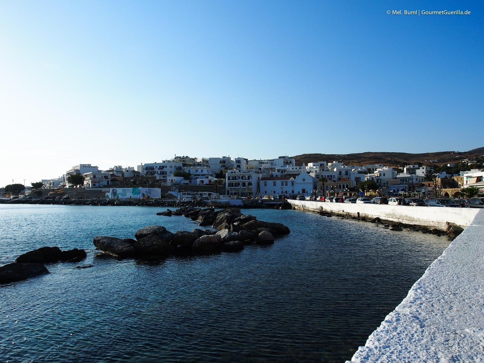 Hafen und Hora Reisebericht Tinos Foodpath griechische Insel Kykladen Griechenland |GourmetGuerilla.de