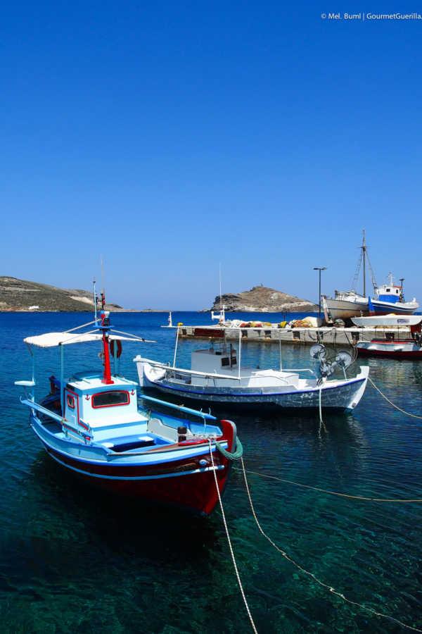 Fischerboote Reisebericht Tinos Foodpath griechische Insel Kykladen Griechenland |GourmetGuerilla.de