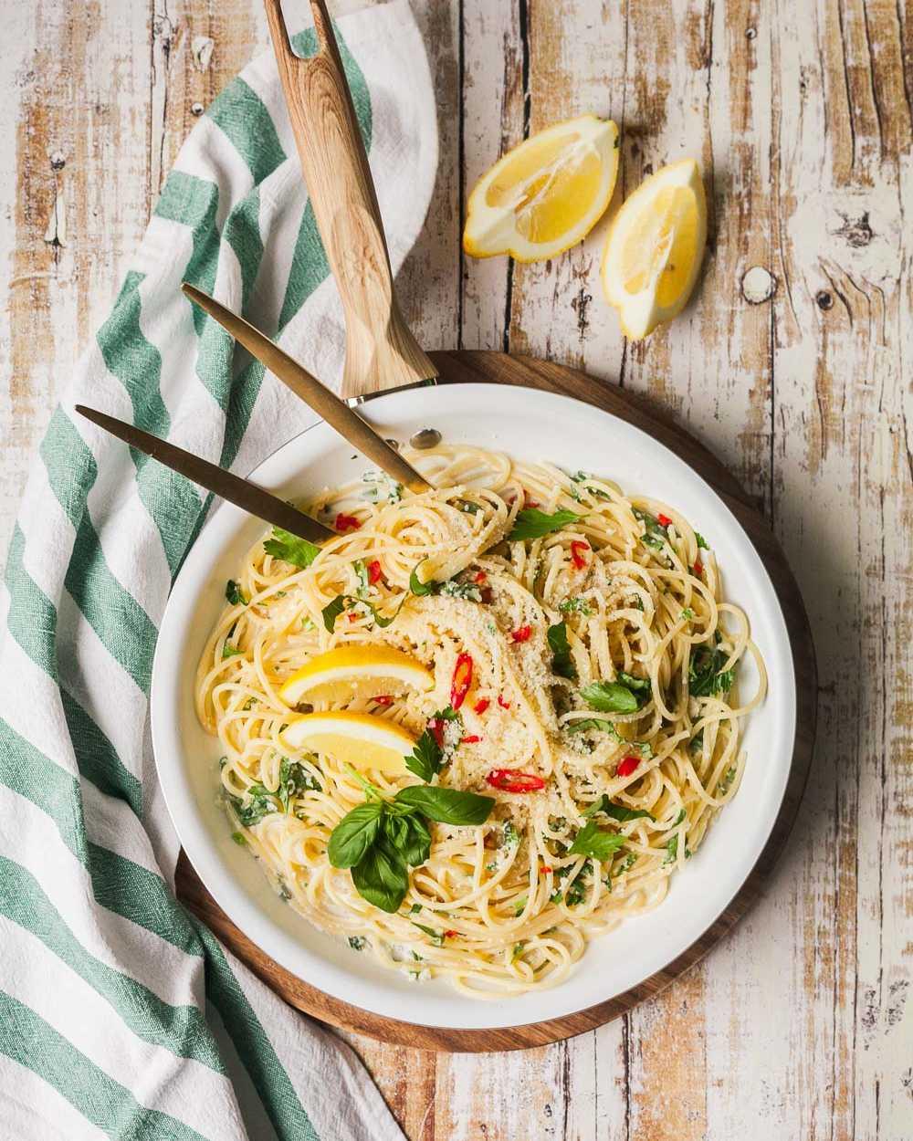 15-Minuten Zitronenspaghetti - einfache schnelle Pasta für den Fruehling |GourmetGuerilla.de