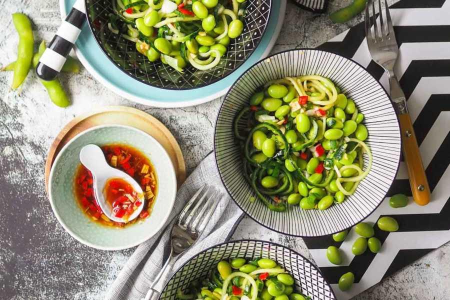 Daves-veganer-Edamame-Gurken-Salat-GourmetGuerilla.de