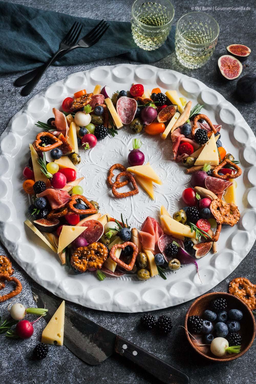 Bunter Anitpasti-Käse-Kranz mit Kaltbach Gold |GourmetGuerilla.de