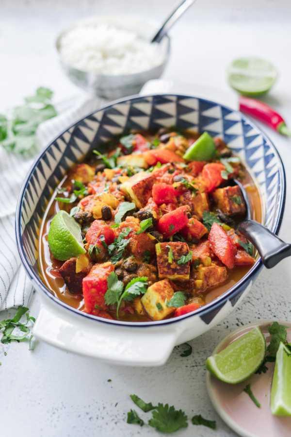 Wassermelonen-Curry mit Schwarzen Bohnen und Paneer Sommeressen |FoxyFood.de