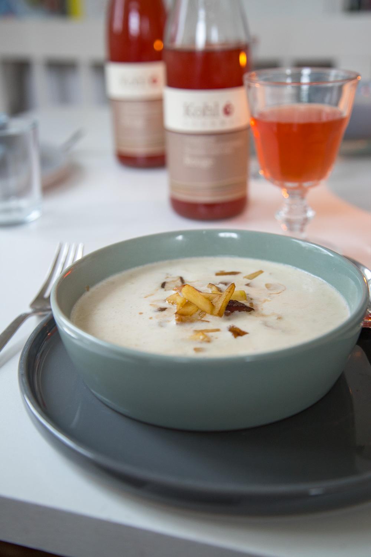 Apfel-Zwiebelsuppe mit Speck |Tastesheriff.com