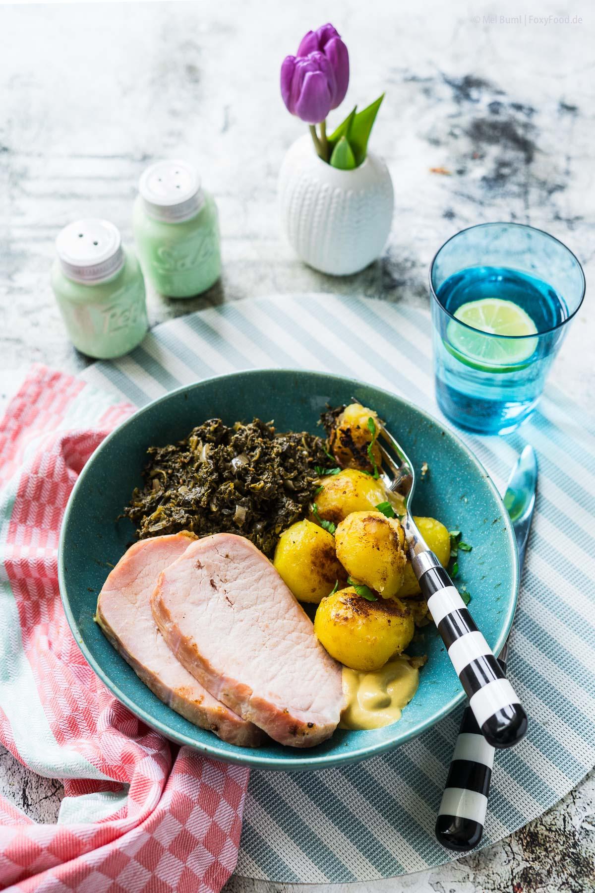 Grünkohl mit Kassler und karamellisierten Röstkartoffeln 540 Kalorien Rezept zum Abnehmen |FoxyFood.de
